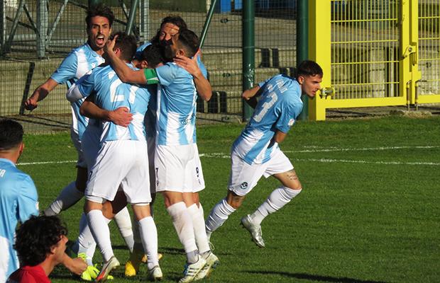Fabio Perna Giana Lucchese 4-3